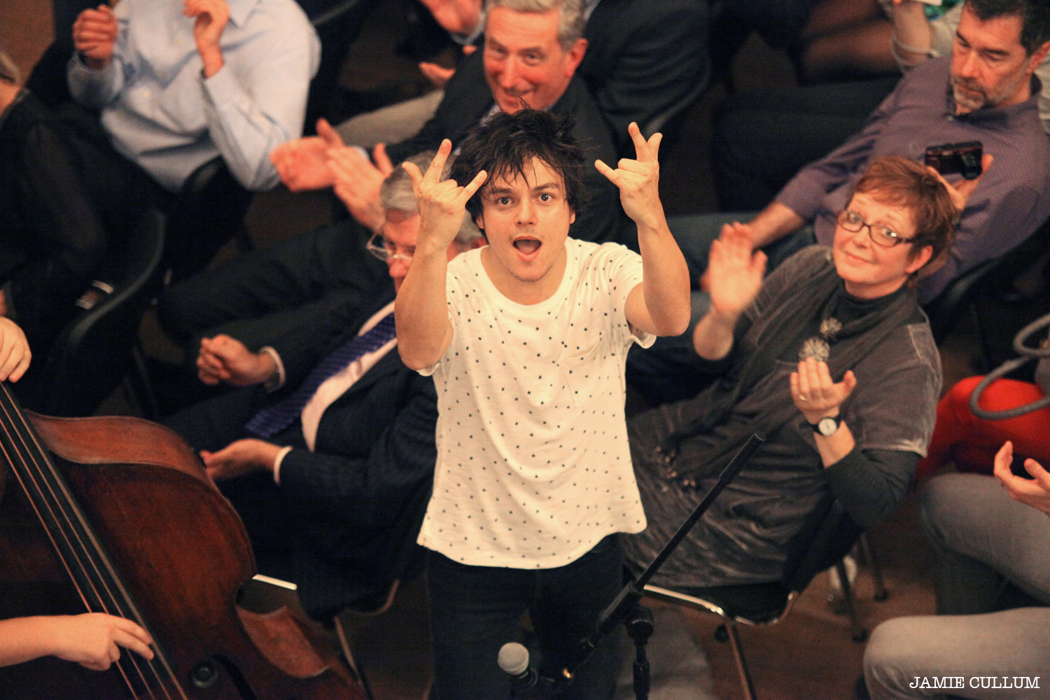020_084_Jamie_Cullum_at_Chappells_by_Harriet_Armstrong